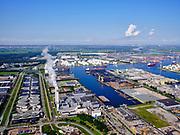 Nederland, Noord-Holland, Amsterdam, 02-09-2020; Westpoort, AEB Amsterdam - Afval Energie Bedrijf. Aziëhaven, Amerikahaven, Australiëhaven.<br /> Links de Westpoortweg en de RWZI Amsterdam-West, rioolwaterzuiveringsinstallatie.<br /> <br /> luchtfoto (toeslag op standard tarieven);<br /> aerial photo (additional fee required);<br /> copyright foto/photo Siebe Swart