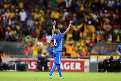 Fernandinho comemora gol na partida entre Brasil x África do Sul, no Estádio Soccer City, em Joanesburgo. FOTO: Jefferson Bernardes/ Agência Preview