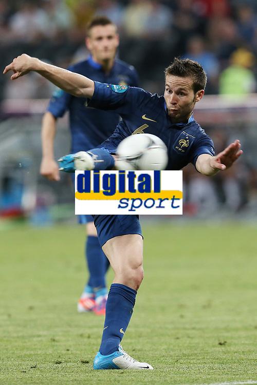 FOOTBALL - UEFA EURO 2012 - DONETSK - UKRAINE - GROUP STAGE - GROUP D - FRANCE v ENGLAND - 11/06/2012 - PHOTO PHILIPPE LAURENSON / DPPI - YOHAN CABAYE (FRA)