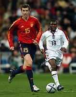 Fotball<br /> Privatlandskamp<br /> Spania v England<br /> 17. november 2004<br /> Foto: Digitalsport<br /> NORWAY ONLY<br /> Shaun Wright Phillips chases fellow substitute Romero
