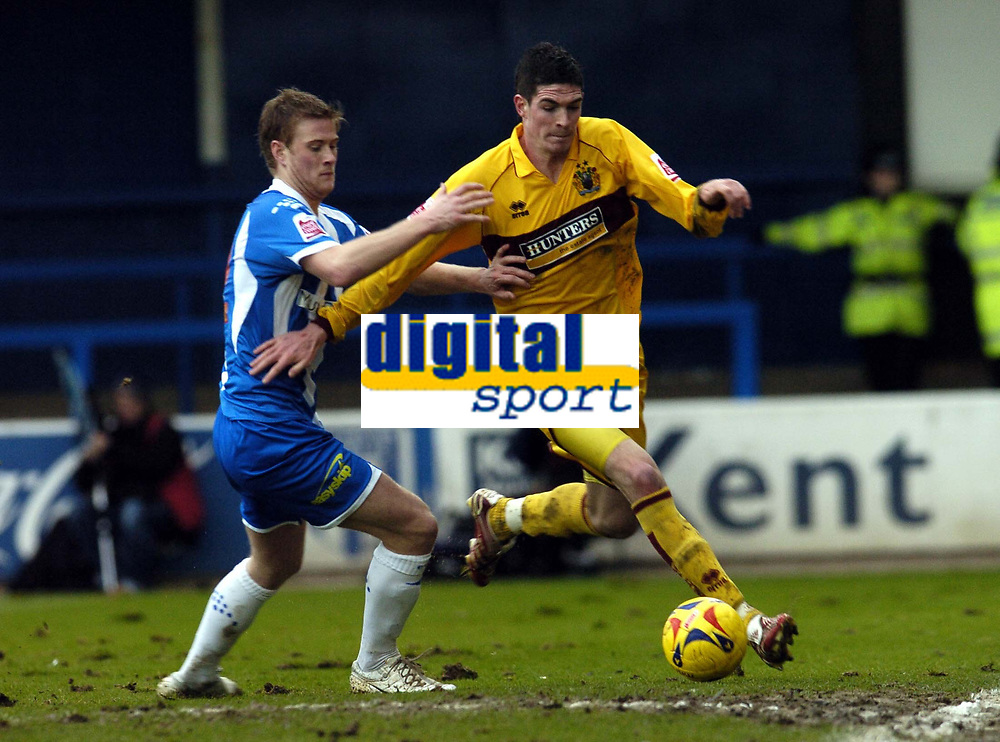 Photo: Olly Greenwood.<br />Colchester United v Burnley. Coca Cola Championship. 24/02/2007. Burnley's Klye Lafferty and Colchester's Chris Barker