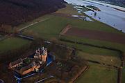 Nederland, Gelderland, Doorwerth 10-01-2011;.Kasteel Doorwerth, waterburcht aan de Neder-Rijn. The castle Doorwerth, at the border of the Lower-Rhine..luchtfoto (toeslag), aerial photo (additional fee required).foto/photo Siebe Swart