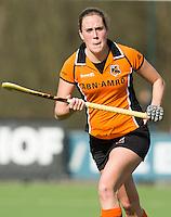 EINDHOVEN- HOCKEY - Daphne van der Velden  van OZ  tijdens de competitiewedstrijd  tussen de vrouwen van Oranje-Zwart en SCHC (0-4) . COPYRIGHT KOEN SUYK