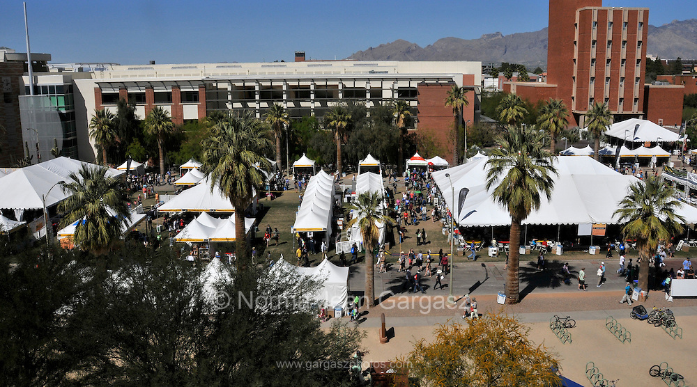 Over 130,000 people attend the Tucson Festival of Books at the University of Arizona for the annual two-day event, Tucson, Arizona, USA.