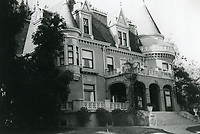 1923 Residence of Rolin Lane on Franklin Ave. Now known as the Magic Castle