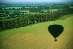 GERMANY SCHLESWIG-HOLSTEIN KIEL 9JUN02 - Shadow of our hot-air balloon on northern Germany's countryside...jre/Photo by Jiri Rezac..© Jiri Rezac 2002..Contact: +44 (0) 7050 110 417..Mobile:  +44 (0) 7801 337 683.Office:  +44 (0) 20 8968 9635..Email:   jiri@jirirezac.com.Web:     www.jirirezac.com