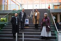 DEU, Deutschland, Germany, Berlin, 10.12.2020: V.l.n.r. Bahman Nirumand, Navid Kermani, Maryam Zaree und Parastou Forouhar in der Bundespressekonferenz zur Menschenrechtslage im Iran.