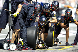 July 20, 2018 - Hockenheim, Germany - Pit crew of Aston Martin Red Bull Racing FIA Formula One World Championship 2018, Grand Prix of Germany.  (Credit Image: © Hoch Zwei via ZUMA Wire)