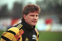 99052018: Moss-trener Knut Thorbjørn Eggen. Stabæk - Moss 3-1, 23. april 1999. (Foto: Peter Tubaas)