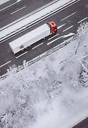 THEMENBILD - LKW und Fahrzeuge auf der A12 Inntalautobahn, aufgenommen am 10. Jaenner 2019 in Woergl, Oesterreich // Trucks and vehicles on the A12 Inntalautobahn, Woergl, Austria on 2019/01/10. EXPA Pictures © 2019, PhotoCredit: EXPA/ JFK