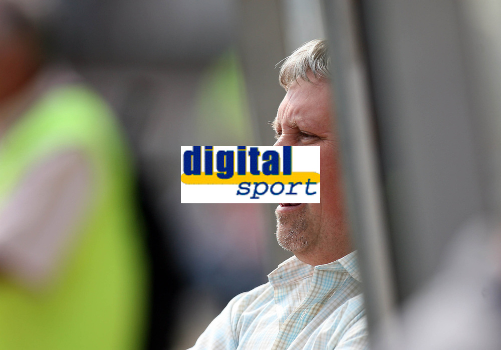 Photo: Rich Eaton.<br /> <br /> Swindon Town v Mansfield Town. Coca Cola League 2. 21/04/2007. Paul Sturrock manager of Swindon Town pictured before kick off