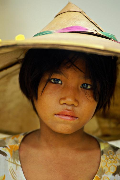 Girl, Mingun (on the Ayeyarwady River near Mandalay), Burma (Myanmar)