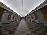 "Moskau/Russische Foederation, RUS, 10.05.2008: Die Metrostation Park Pobedy wurde erst im Jahre 2003 fertiggestellt. Sie liegt 80 Meter unter der Erde. Ans Tageslicht fuehren die laengsten Rolltreppen der Moskauer Metro. Oben ist der Siegespark, die wichtigste offizielle Gedenkstaette Moskaus fuer den Sieg im Grossen Vaterlaendischen Krieg.<br /> <br /> Moscow/Russian Federation, RUS, 10.05.2008: Metrostation Park Pobedy ""Victory Park"", is a station on the Arbatsko-Pokrovskaya Line of the Metro. At 97 m underground, it is the deepest station in Moscow. It also contains the longest escalators in Europe, each one is 126 metres long and has 740 steps."
