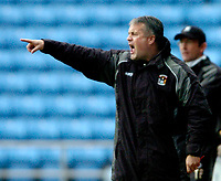 Photo: Leigh Quinnell.<br /> Coventry City v Plymouth Argyle. Coca Cola Championship.<br /> 03/12/2005. Coventrys boss Micky Adams shouts at the players.