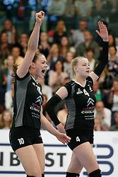 20180425 NED: Eredivisie Sliedrecht Sport - Coolen Alterno, Sliedrecht <br />(L-R) Lisanne Baak (10) of Coolen Alterno, Anna Mebus (4) of Coolen Alterno<br />©2018-FotoHoogendoorn.nl / Pim Waslander