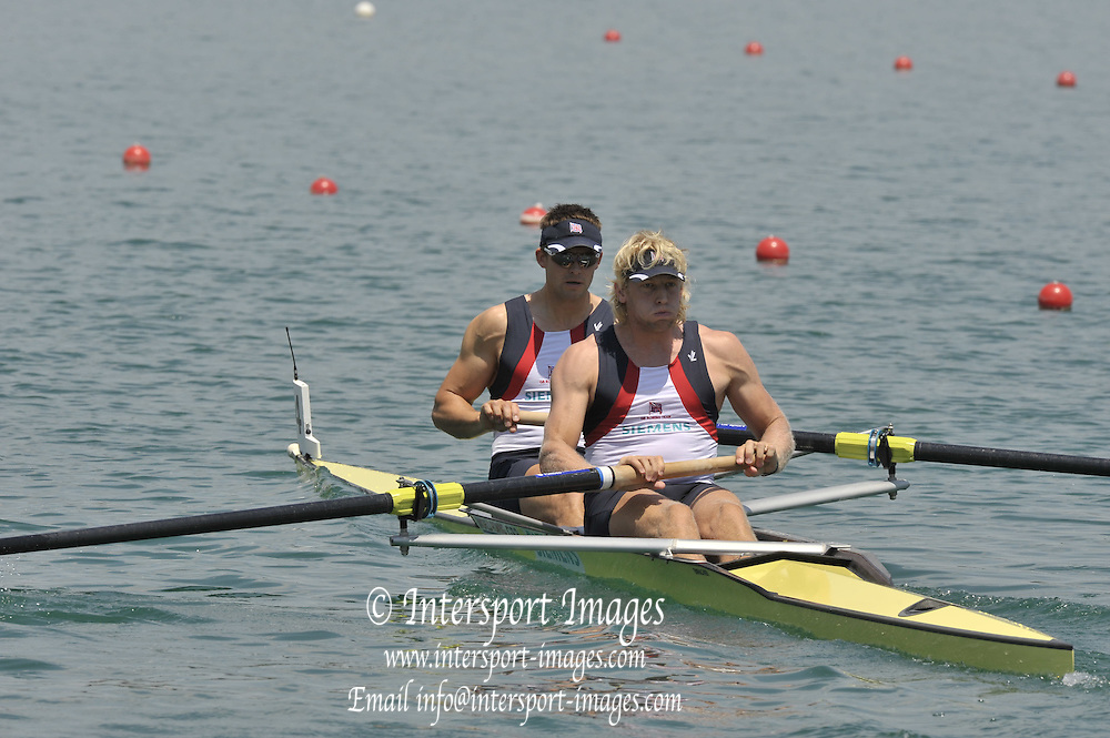 Banyoles, SPAIN,  GBR M2-, Bow {L}, Peter REED and Andy TRIGGS-HODGE, Men's pair semi-final.  FISA World Cup Rd 1. Lake Banyoles  Saturday, 30/05/2009  [Mandatory Credit. Peter Spurrier/Intersport Images]