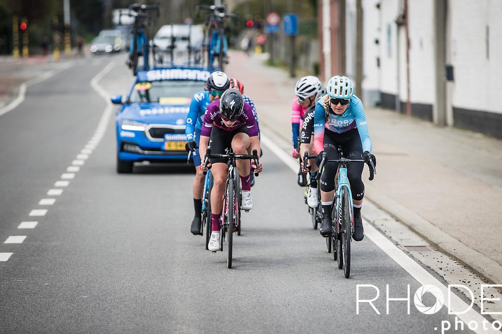 Joscelin Lowden (GBR/Drops LeCol) and Demi Vollering (NED/SD Worx) in front of the race<br /> <br /> Women's Elite Brabantse Pijl 2021 <br /> 1 Day Race: Lennik - Overijse 127km<br /> <br /> ©Rhode.Photo