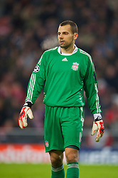 EINDHOVEN, THE NETHERLANDS - Tuesday, December 9, 2008: Liverpool's goalkeeper Diego Cavalieri in action against PSV Eindhoven during the final UEFA Champions League Group D match at the Philips Stadium. (Photo by David Rawcliffe/Propaganda)