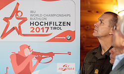 "02.11.2016, Biathlonarena, Hochilzen, AUT, IBU Weltmeisterschaft Biathlon, Hochfilzen, Pressekonferenz 100 Tage, im Bild General Major Mag. Andreas Pernsteiner (Österreichisches Bundesheer) // during a Pressconference ""100 Days"" in front of the IBU Biathlon World Championships 2017 at the Biathlonarena, Hochfilzen, Austria on 2016/11/02. EXPA Pictures © 2016, PhotoCredit: EXPA/ JFK"