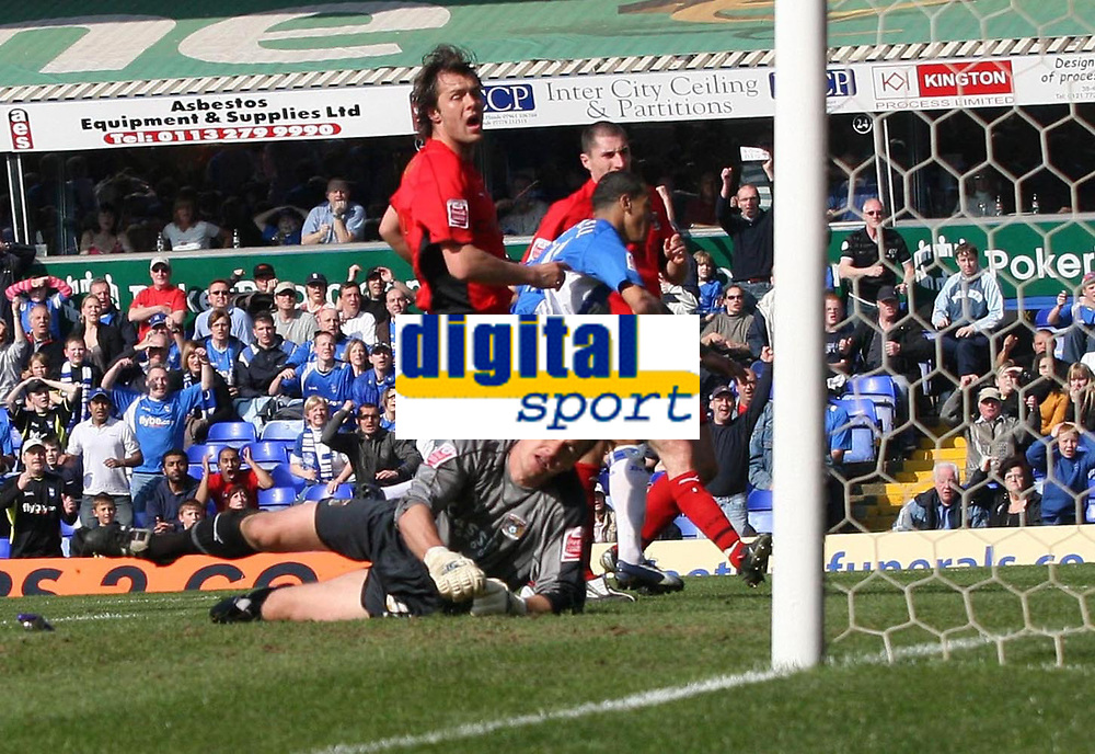 Photo: Mark Stephenson.<br /> Birmingham City v Coventry City. Coca Cola Championship. 01/04/2007.Birmingham's DJ Campball fires in his secound goal past Coventry's keeper Andy Marshall