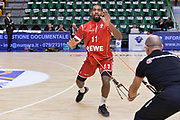 DESCRIZIONE : Eurolega Euroleague 2015/16 Group D Dinamo Banco di Sardegna Sassari - Brose Basket Bamberg<br /> GIOCATORE : Bradley Wanamaker<br /> CATEGORIA : Riscaldamento Before Pregame<br /> SQUADRA : Brose Basket Bamberg<br /> EVENTO : Eurolega Euroleague 2015/2016<br /> GARA : Dinamo Banco di Sardegna Sassari - Brose Basket Bamberg<br /> DATA : 13/11/2015<br /> SPORT : Pallacanestro <br /> AUTORE : Agenzia Ciamillo-Castoria/L.Canu