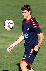 10.06.2010, Sportanlage, Potchefstroom, RSA, FIFA WM 2010, Training Spanien im Bild Spain's Fernando LLorente, EXPA Pictures © 2010, PhotoCredit: EXPA/ Alterphotos/ Acero / SPORTIDA PHOTO AGENCY