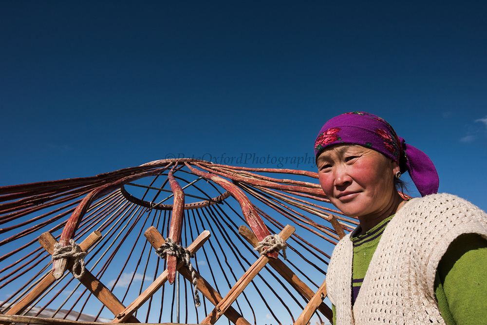 Errecting Kazakh ger<br /> Altai Mountains<br /> Bayan Olgii Province<br /> Western Mongolia