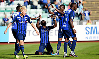 Fotball , 1. august 2015 ,   Eliteserien , Tippeligaen <br /> Stabæk - Vålerenga<br /> Ernest Asante , Stabæk jubel etter scoring sammen med blant annet Adama Diomande , Birge Meling (tv) og Kamal Issah