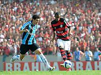 20091206: RIO DE JANEIRO, BRAZIL - Flamengo vs Gremio: Brazilian League 2009 - Flamengo won 2-1 and celebrated the 6th Brazilian Championship of its history. In picture: Airton (Flamengo, R). PHOTO: Andre Durao/CITYFILES