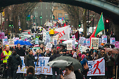 2015-01-31 Thousands protest London housing crisis