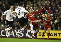 Photo: Paul Greenwood/Sportsbeat Images.<br />Liverpool v Fulham. The FA Barclays Premiership. 10/11/2007.<br />Liverpool's Andriy Voronin, (R) beats the incoming challenge of Aaron Hughes
