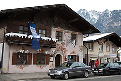 04.02.2011, Garmisch Partenkirchen, GER, FIS Alpine World Championships Garmisch Partenkirchen, Vorberichte, im Bild Preview images for the 2011 Alpine skiing World Championships. A bar prepares for the event, EXPA Pictures © 2011, PhotoCredit: EXPA/ M. Gunn