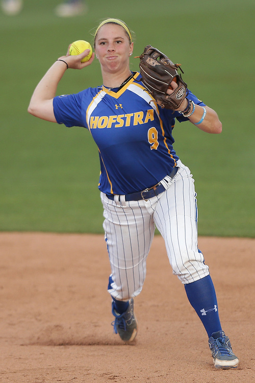 Hofstra Pride vs. UNCG Spartans in Game 4 of the Columbia Regional at Beckham Field in Columbia, S.C. on Saturday, May 19, 2018. <br /> Zach Bland/For Hofstra Athletics