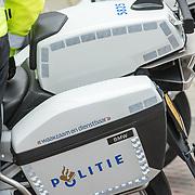 NLD/Amsterdam/20171014 - Politiemensen in dienst,