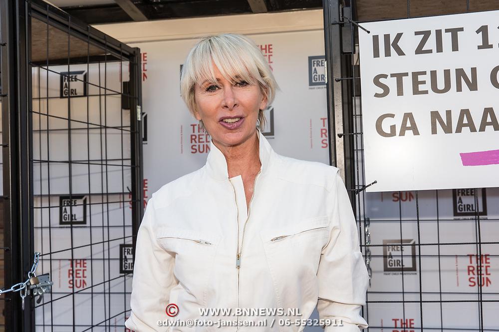 NLD/Blaricum/20190513 -  Lock Me Up - Free a Girl actie benefietfeest, Monique des Bouvrie