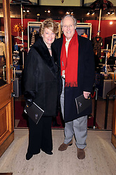 NICHOLAS & ANNIE PARSONS at the Cirque du Soleil's gala premier of Quidam held at the Royal Albert Hall, London on 6th January 2009