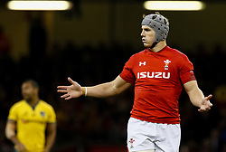 Jonathan Davies of Wales looks confused<br /> <br /> Photographer Simon King/Replay Images<br /> <br /> Under Armour Series - Wales v Australia - Saturday 10th November 2018 - Principality Stadium - Cardiff<br /> <br /> World Copyright © Replay Images . All rights reserved. info@replayimages.co.uk - http://replayimages.co.uk