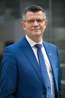 DEU, Deutschland, Germany, Berlin, 07.04.2020: Portrait von Prof. Dr. theol. Peter Dabrock, Vorsitzender des Deutschen Ethikrats, Friedrich-Alexander-Universität Erlangen-Nürnberg.
