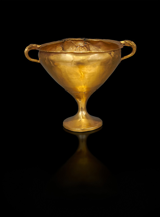 Mycenaean gold goblet with two handles ening with a dogs head biting the rim,  Acropolis Treasure of Mycenae, Greece, National Archaeological Museum of Athens.  <br /> <br /> Black BackgroundThis goblet was found as part of a hoard looted in antiquity from Grave Circle A and buried outside the enclosure. 15th century BC .<br /> <br /> If you prefer to buy from our ALAMY PHOTO LIBRARY  Collection visit : https://www.alamy.com/portfolio/paul-williams-funkystock/mycenaean-art-artefacts.html . Type -   Athens    - into the LOWER SEARCH WITHIN GALLERY box. Refine search by adding background colour, place, museum etc<br /> <br /> Visit our MYCENAEN ART PHOTO COLLECTIONS for more photos to download  as wall art prints https://funkystock.photoshelter.com/gallery-collection/Pictures-Images-of-Ancient-Mycenaean-Art-Artefacts-Archaeology-Sites/C0000xRC5WLQcbhQ
