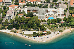 21.06.2015, Zadar, CRO, Zadar, Hotel Kolovare, Zadar liegt im Süden Kroatiens in Norddalmatien. Zadar ist eine Hafenstadt und ein Seebad an der Adria mit 75.062 Einwohnern, im Bild Below Hotel Kolovare is a long pebble beach, one of the oldest and most beloved beaches in Zadar // Zadar is located in the south of Croatia on the Adriatic Sea. Zadar is a port city and a seaside resort on the Adriatic Sea with a population of 75,062, pictured on 12.6.2015 in Zadar, Croatia on 2015/06/21. EXPA Pictures © 2015, PhotoCredit: EXPA/ Pixsell/ Dino Stanin<br /> <br /> *****ATTENTION - for AUT, SLO, SUI, SWE, ITA, FRA only*****