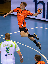 11-04-2019 NED: Netherlands - Slovenia, Almere<br /> Third match 2020 men European Championship Qualifiers in Topsportcentrum in Almere. Slovenia win 26-27 / Alec Smit #27 of Netherlands