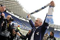 Edy Reja, allenatore della Lazio festeggia la vitoria<br /> Roma, 04/03/2012 Stadio Olimpico<br /> Football Calcio 2011/2012 <br /> Roma vs Lazio<br /> Campionato di calcio Serie A<br /> Foto Insidefoto Antonietta Baldassarre