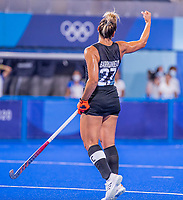 TOKIO - Noel Barrionuevo (C) (ARG) scoort  tijdens de hockeywedstrijd in de halve finale vrouwen, Argentinië-India  (2-1) ,   tijdens de Olympische Spelen van Tokio 2020. Argentinië plaatst zich voor de finale.  COPYRIGHT KOEN SUYK