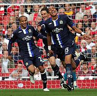 Fotball<br /> England<br /> Foto: Fotosports/Digitalsport<br /> NORWAY ONLY<br /> <br /> Arsenal FC vs Blackburn Rovers FC Premiership  04/10/09<br /> <br /> Blackburn's Steven Nzonzi celebrates his goal.