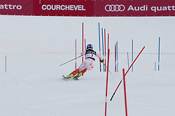 21.12.2010, Stade Emile Allais, Courchevel, FRA, FIS World Cup Ski Alpin, Ladies, Slalom, im Bild nTanja Poutiainen (FIN) attacks a control gate whilst competing in the FIS Alpine skiing World Cup ladies slalom race in Courchevel 1850, France. EXPA Pictures © 2010, PhotoCredit: EXPA/ M. Gunn