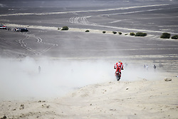 PISCO, Jan. 8, 2018  Ivan Cervantes Montero of Spain competes during the 2018 Dakar Rally Race Stage 2 in Pisco, Peru, on Jan. 7, 2018. (Credit Image: © Li Ming/Xinhua via ZUMA Wire)