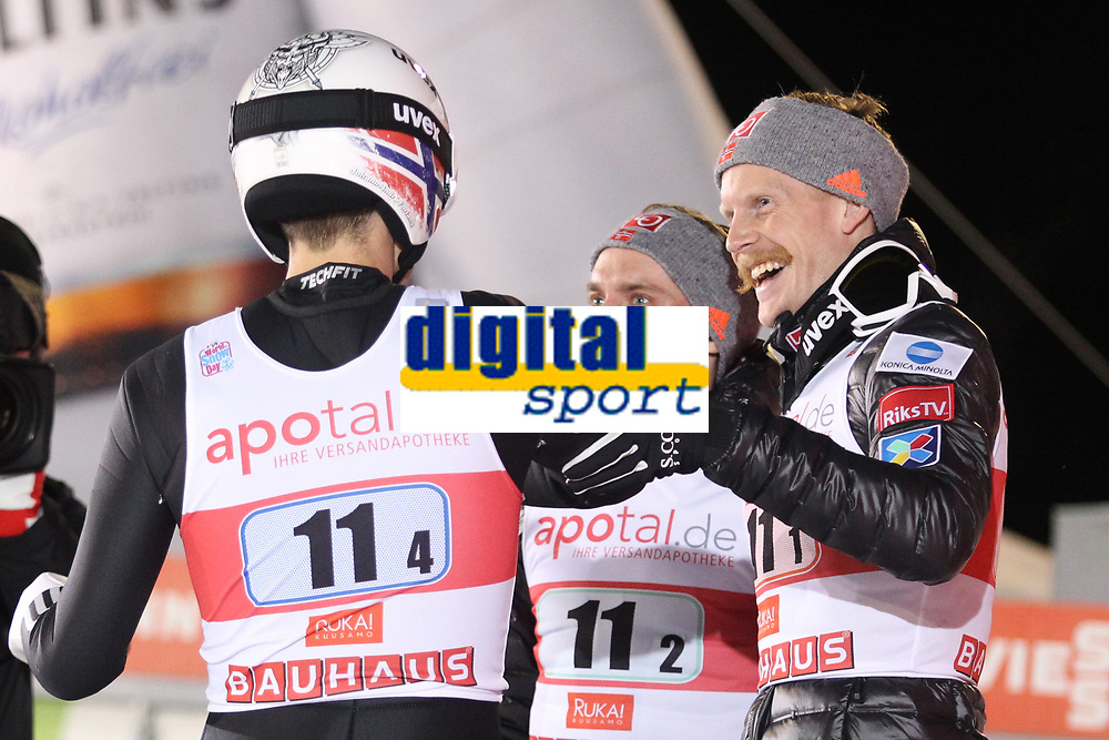 HOpp<br /> FIS World Cup<br /> Ruka / Kuusamo Finland<br /> November 2017<br /> Foto: Gepa/Digitalsport<br /> NORWAY ONLY<br /> <br /> KUUSAMO,FINLAND,25.NOV.17 - NORDIC SKIING, SKI JUMPING - FIS World Cup, Ruka Nordic Opening, large hill, team event. Image shows the rejoicing of Anders Fannemel and Robert Johansson (NOR). Photo: GEPA pictures/ Mathias Mandl