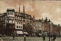 Zagreb : Jelačićev trg = Place du banus Jelačić. <br /> <br /> ImpresumZagreb : Jos. Čaklović, [1913].<br /> Materijalni opis1 razglednica : tisak ; 8,8 x 13,7 cm.<br /> NakladnikJos. Čaklović<br /> Vrstavizualna građa • razglednice<br /> ZbirkaZbirka razglednica • Grafička zbirka NSK<br /> ProjektPozdrav iz Hrvatske • Pozdrav iz Zagreba<br /> Formatimage/jpeg<br /> PredmetZagreb –– Trg bana Josipa Jelačića<br /> SignaturaRZG-JEL-12<br /> Obuhvat(vremenski)20. stoljeće<br /> NapomenaRazglednica je putovala.<br /> PravaJavno dobro<br /> Identifikatori000952412<br /> NBN.HRNBN: urn:nbn:hr:238:100671 <br /> <br /> Izvor: Digitalne zbirke Nacionalne i sveučilišne knjižnice u Zagrebu