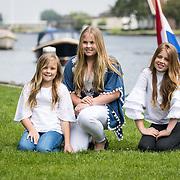 NLD/Warmond//20170707 - Koninklijke fotoshoot zomer 2017,  Prinsessen Amalia, Alexia en Ariane