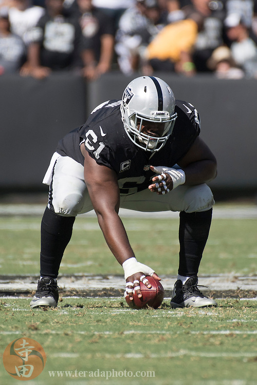 October 9, 2016; Oakland, CA, USA; Oakland Raiders center Rodney Hudson (61) during the first quarter against the San Diego Chargers at Oakland Coliseum. The Raiders defeated the Chargers 34-31.